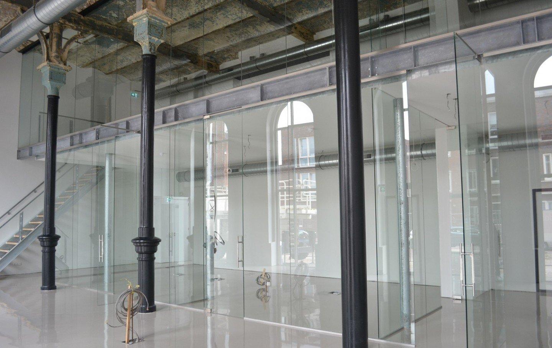 Glazen scheidingswand Brouwhuis